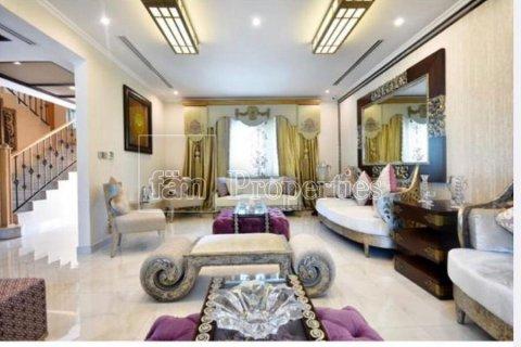Villa in Jumeirah, Dubai, UAE 3 bedrooms, 931.5 sq.m. № 3230 - photo 9