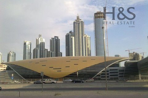 Building in Business Bay, Dubai, UAE 20725.5 sq.m. № 2989 - photo 12