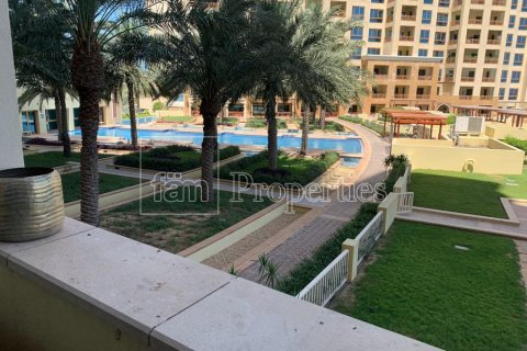 Apartment in Palm Jumeirah, Dubai, UAE 2 bedrooms, 189.2 sq.m. № 3288 - photo 18