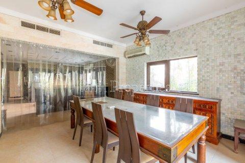 Villa in Dubai Land, Dubai, UAE 6 bedrooms, 1254.2 sq.m. № 5196 - photo 9