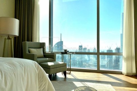 Apartment in Downtown Dubai (Downtown Burj Dubai), Dubai, UAE 4 bedrooms, 251.2 sq.m. № 5507 - photo 9