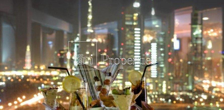 Apartment in Dubai, UAE 3 bedrooms, 246 sq.m. № 5572
