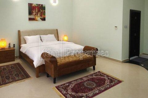 Villa in Emirates Hills, Dubai, UAE 7 bedrooms, 1723.6 sq.m. № 3674 - photo 12