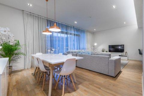 Apartment in Jumeirah, Dubai, UAE 2 bedrooms, 156.7 sq.m. № 4754 - photo 2