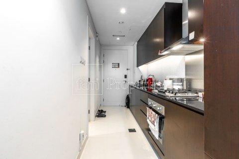 Apartment in Downtown Dubai (Downtown Burj Dubai), Dubai, UAE 48.3 sq.m. № 3419 - photo 3