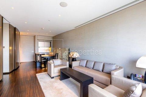 Apartment in Downtown Dubai (Downtown Burj Dubai), Dubai, UAE 1 bedroom, 93.9 sq.m. № 5303 - photo 3