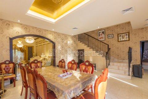 Villa in Dubai Land, Dubai, UAE 5 bedrooms, 550.7 sq.m. № 3848 - photo 18