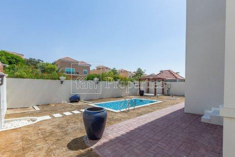 Villa in Dubai Land, Dubai, UAE 4 bedrooms, 557.4 sq.m. № 4774 - photo 2