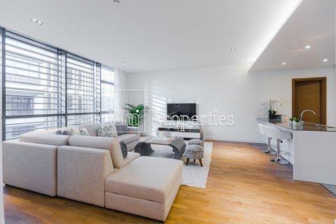 Apartment in Jumeirah, Dubai, UAE 2 bedrooms, 177.4 sq.m. № 4767 - photo 9