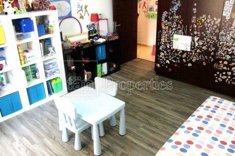Apartment in Dubai, UAE 3 bedrooms, 170.8 sq.m. № 3287 - photo 3