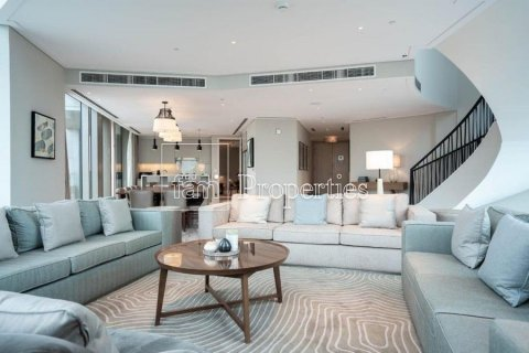 Penthouse in Downtown Dubai (Downtown Burj Dubai), Dubai, UAE 5 bedrooms, 498.4 sq.m. № 4467 - photo 9