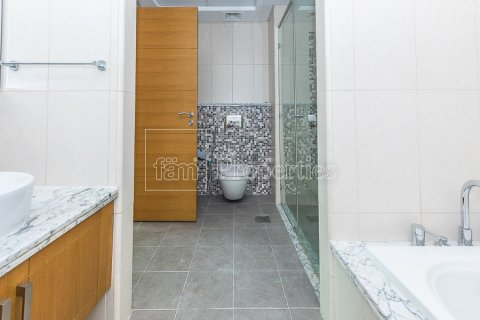 Villa in Jumeirah, Dubai, UAE 3 bedrooms, 826.6 sq.m. № 3417 - photo 26