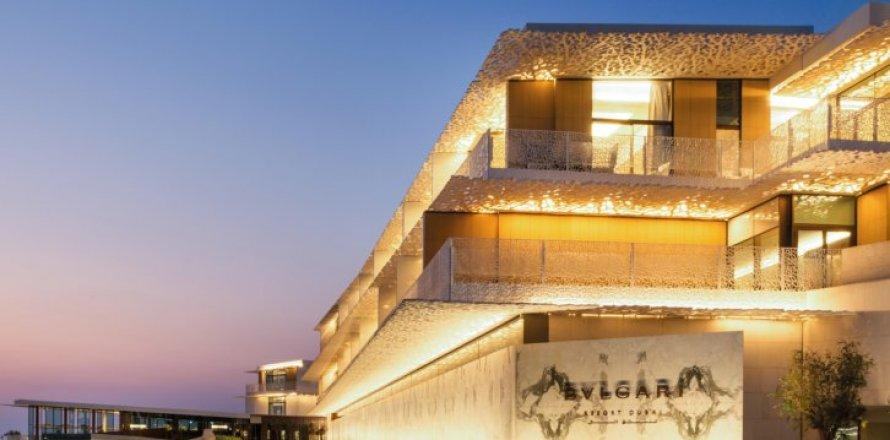 Apartment in Jumeirah Lake Towers, Dubai, UAE 4 bedrooms, 607 sq.m. № 6604