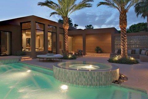 Apartment in Dubai, UAE 1 bedroom, 70.6 sq.m. № 3532 - photo 4