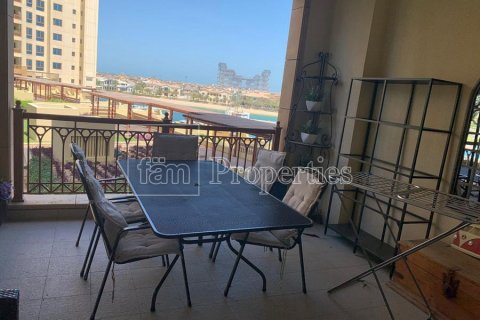 Apartment in Palm Jumeirah, Dubai, UAE 2 bedrooms, 189.2 sq.m. № 3288 - photo 15