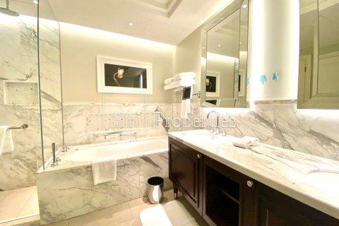 Apartment in Downtown Dubai (Downtown Burj Dubai), Dubai, UAE 2 bedrooms, 134.6 sq.m. № 4261 - photo 9