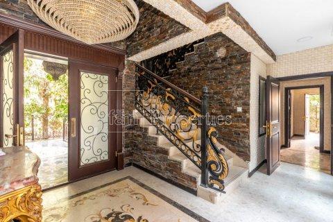 Villa in Dubai Land, Dubai, UAE 6 bedrooms, 1254.2 sq.m. № 5196 - photo 13