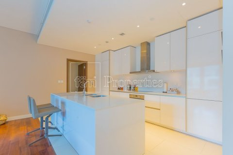 Apartment in Jumeirah, Dubai, UAE 3 bedrooms, 205.4 sq.m. № 3713 - photo 11