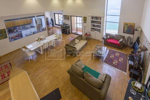 Apartment in Dubai, UAE 2 bedrooms, 206.1 sq.m. № 4320 - photo 1