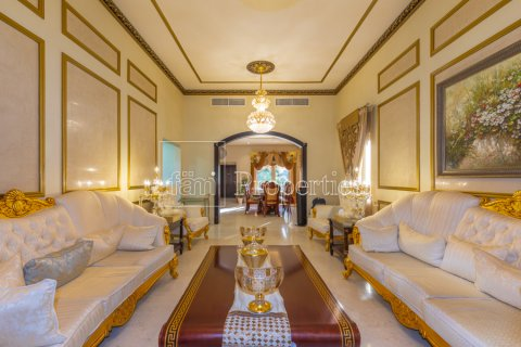 Villa in Dubai Land, Dubai, UAE 5 bedrooms, 550.7 sq.m. № 3848 - photo 23
