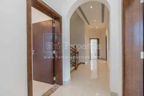 Villa in Dubai Land, Dubai, UAE 5 bedrooms, 603.9 sq.m. № 5194 - photo 7