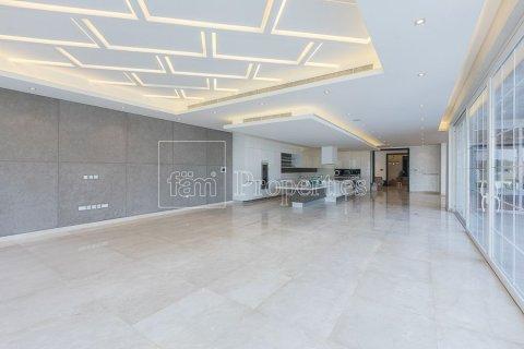 Villa in Arabian Ranches, Dubai, UAE 7 bedrooms, 2313 sq.m. № 3359 - photo 1