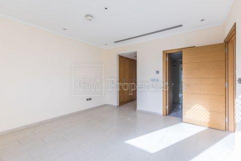 Villa in Jumeirah, Dubai, UAE 3 bedrooms, 826.6 sq.m. № 3417 - photo 16