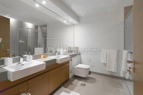 Apartment in Jumeirah, Dubai, UAE 2 bedrooms, 156.4 sq.m. № 4717 - photo 7