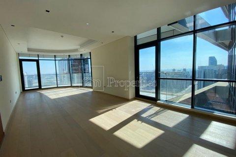Apartment in Downtown Dubai (Downtown Burj Dubai), Dubai, UAE 2 bedrooms, 170.8 sq.m. № 3725 - photo 2