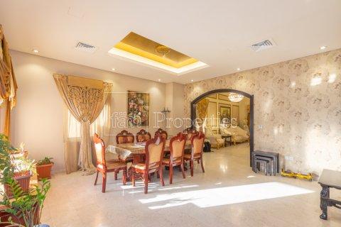 Villa in Dubai Land, Dubai, UAE 5 bedrooms, 550.7 sq.m. № 3848 - photo 6