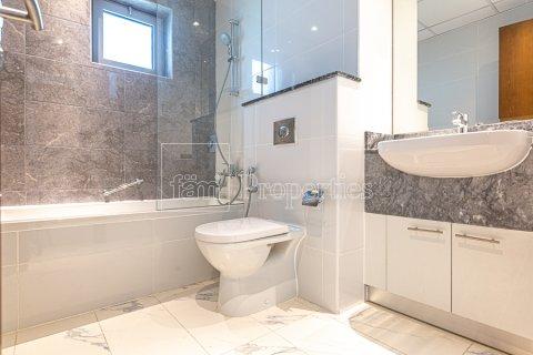 Apartment in Business Bay, Dubai, UAE 2 bedrooms, 126.3 sq.m. № 3680 - photo 24