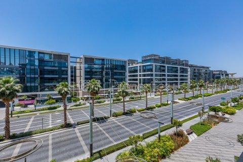 Apartment in Jumeirah, Dubai, UAE 3 bedrooms, 174.7 sq.m. № 4230 - photo 8