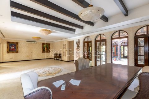 Villa in Dubai Land, Dubai, UAE 6 bedrooms, 1254.2 sq.m. № 5196 - photo 6