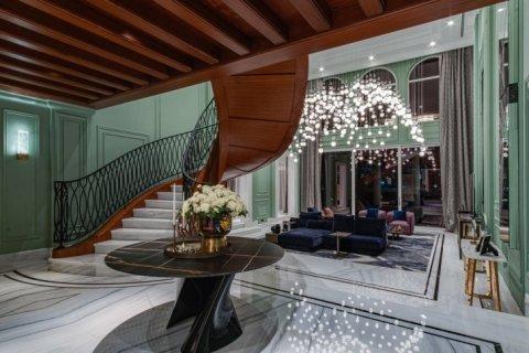 Villa in Palm Jumeirah, Dubai, UAE 6 bedrooms, 863 sq.m. № 6598 - photo 8