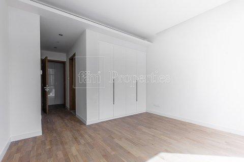 Apartment in Jumeirah, Dubai, UAE 3 bedrooms, 215.2 sq.m. № 4760 - photo 10