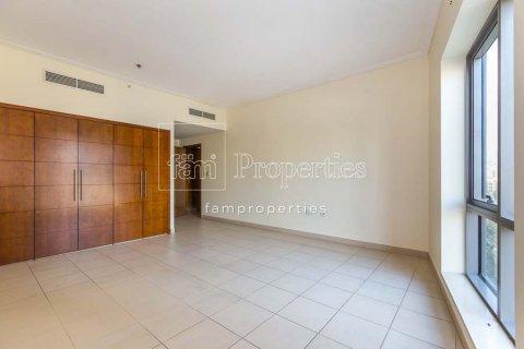Apartment in Downtown Dubai (Downtown Burj Dubai), Dubai, UAE 2 bedrooms, 156 sq.m. № 3867 - photo 9