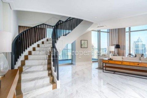Penthouse in Downtown Dubai (Downtown Burj Dubai), Dubai, UAE 5 bedrooms, 498.4 sq.m. № 4467 - photo 15