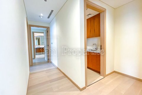 Apartment in Downtown Dubai (Downtown Burj Dubai), Dubai, UAE 2 bedrooms, 188.8 sq.m. № 3949 - photo 6