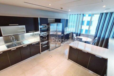 Apartment in Dubai Marina, Dubai, UAE 4 bedrooms, 566.7 sq.m. № 3613 - photo 6
