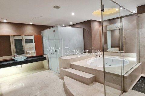 Apartment in Dubai Marina, Dubai, UAE 4 bedrooms, 566.6 sq.m. № 3397 - photo 8