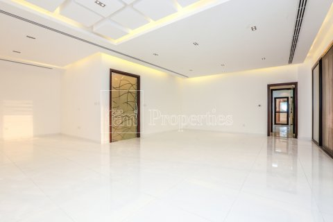 Villa in Dubai Land, Dubai, UAE 5 bedrooms, 641 sq.m. № 5052 - photo 9