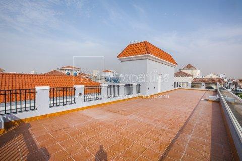 Villa in Dubai Land, Dubai, UAE 7 bedrooms, 789.7 sq.m. № 5188 - photo 10