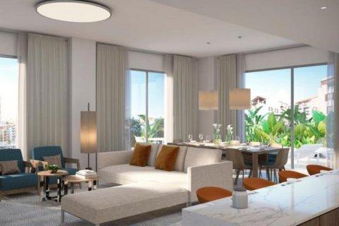 Apartment in Jumeirah, Dubai, UAE 3 bedrooms, 185 sq.m. № 6600 - photo 1