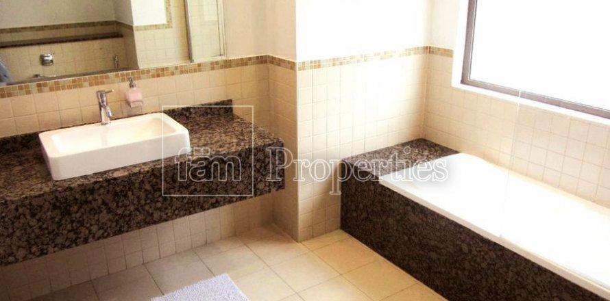 Apartment in Dubai, UAE 3 bedrooms, 170.8 sq.m. № 3287