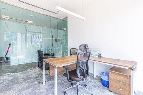 Office in Business Bay, Dubai, UAE 348.4 sq.m. № 3778 - photo 24