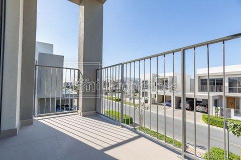 Villa in Dubai Hills Estate, Dubai, UAE 4 bedrooms, 458.3 sq.m. № 3199 - photo 21
