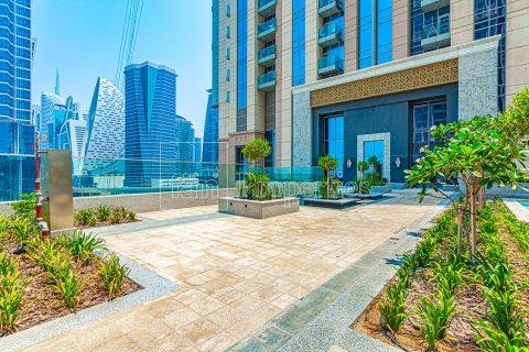 Apartment in Business Bay, Dubai, UAE 2 bedrooms, 126.3 sq.m. № 3680 - photo 13