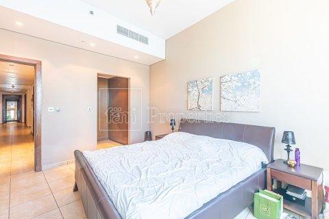 Apartment in Palm Jumeirah, Dubai, UAE 3 bedrooms, 376.5 sq.m. № 3574 - photo 19