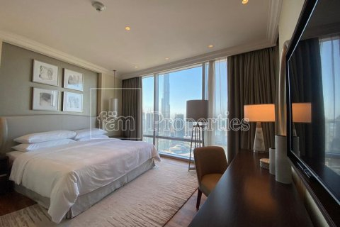 Apartment in Downtown Dubai (Downtown Burj Dubai), Dubai, UAE 3 bedrooms, 184.5 sq.m. № 6150 - photo 10