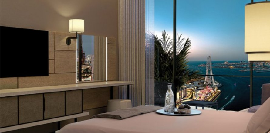 Apartment in Jumeirah Beach Residence, Dubai, UAE 4 bedrooms, 241 sq.m. № 6628